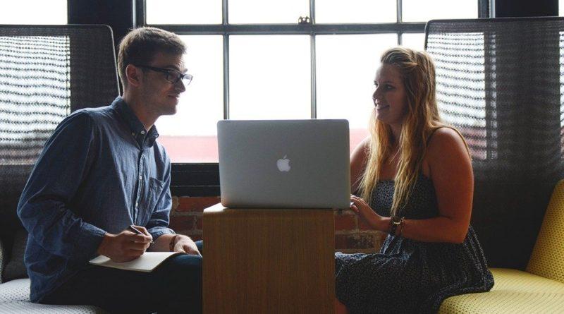 Je nutné školit i pracovníky na dohodu?