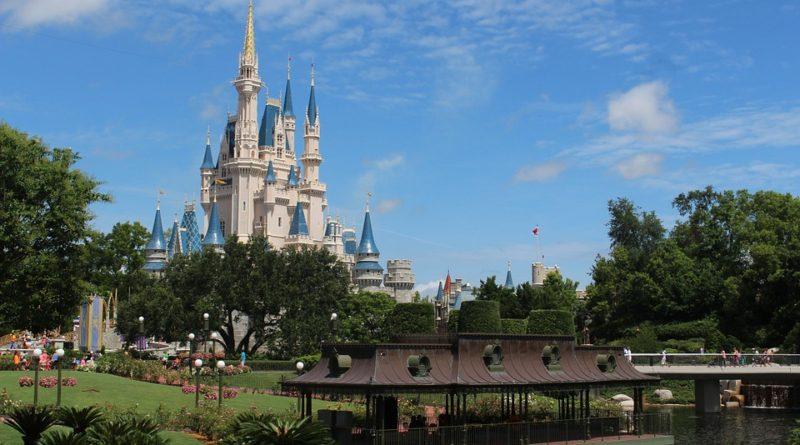 Společnost Walt Disney propouští